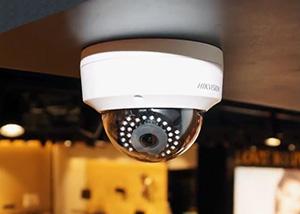 Установка камер видеонаблюдения в магазине